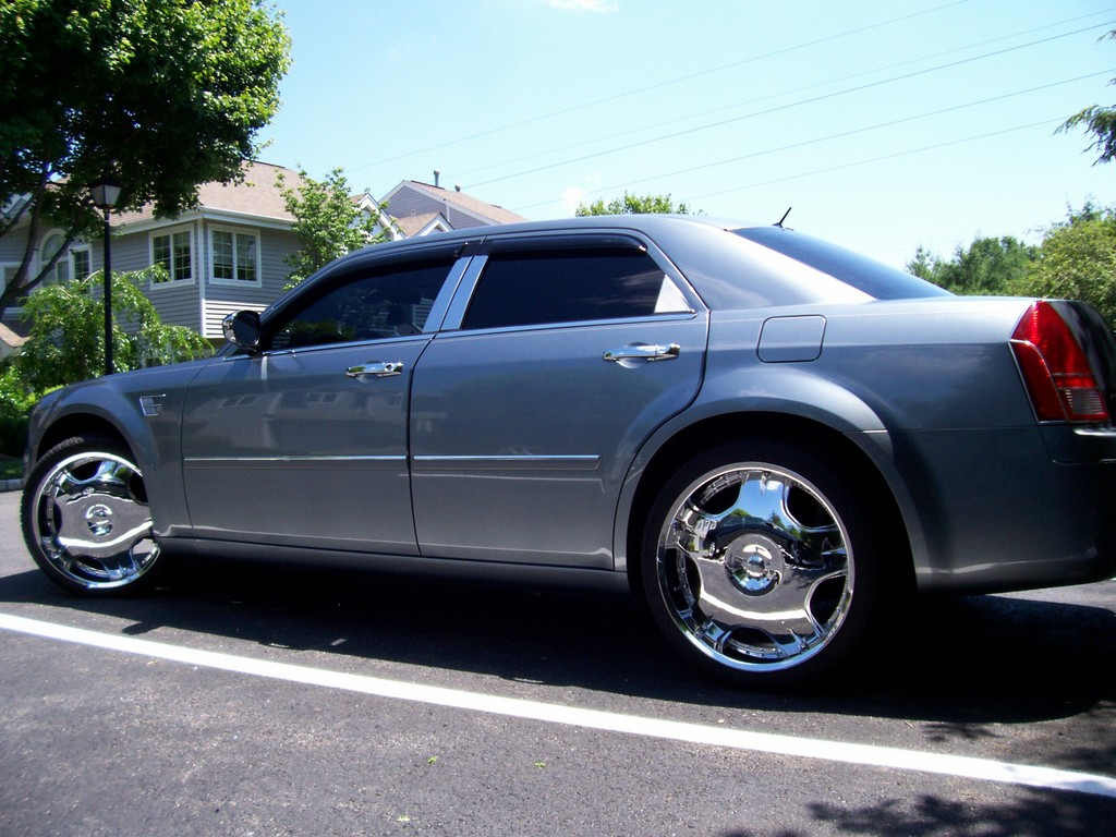 jaymartinez 2007 chrysler 300 specs photos modification. Black Bedroom Furniture Sets. Home Design Ideas