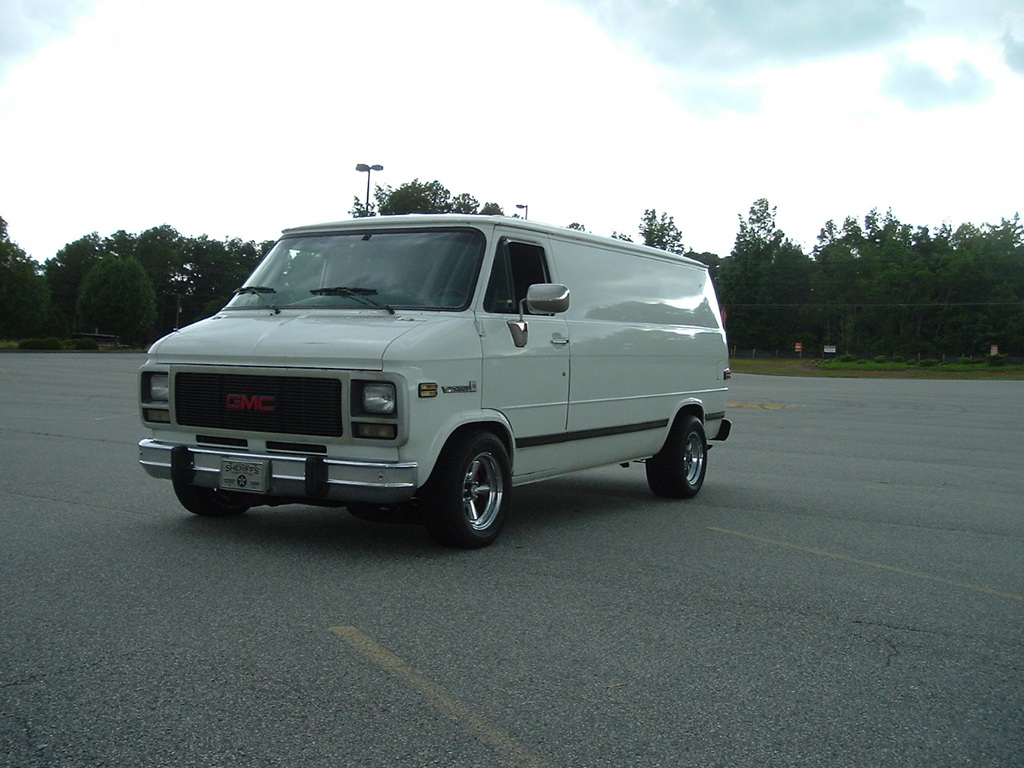 peachstatevanner 1994 gmc vandura 1500 specs photos modification info at cardomain. Black Bedroom Furniture Sets. Home Design Ideas