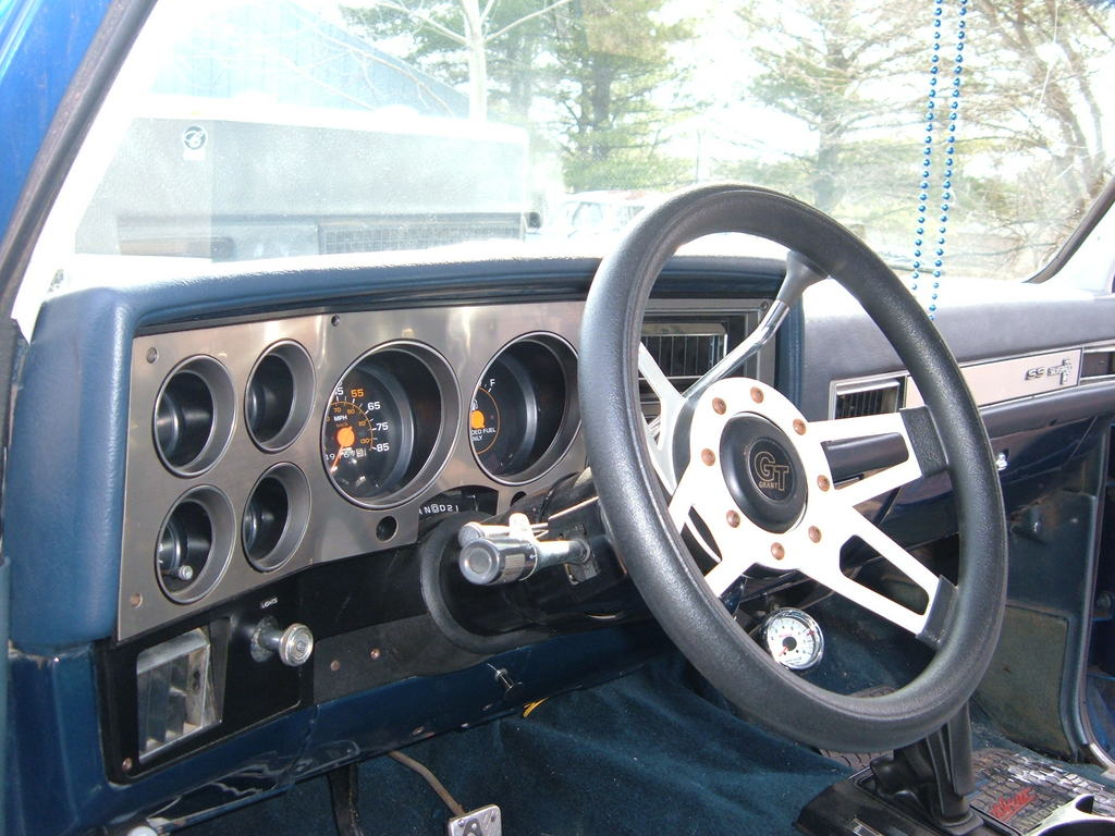 1971 Chevy K5 Blazer Roadster - Diamond In The Rough - Truckin .