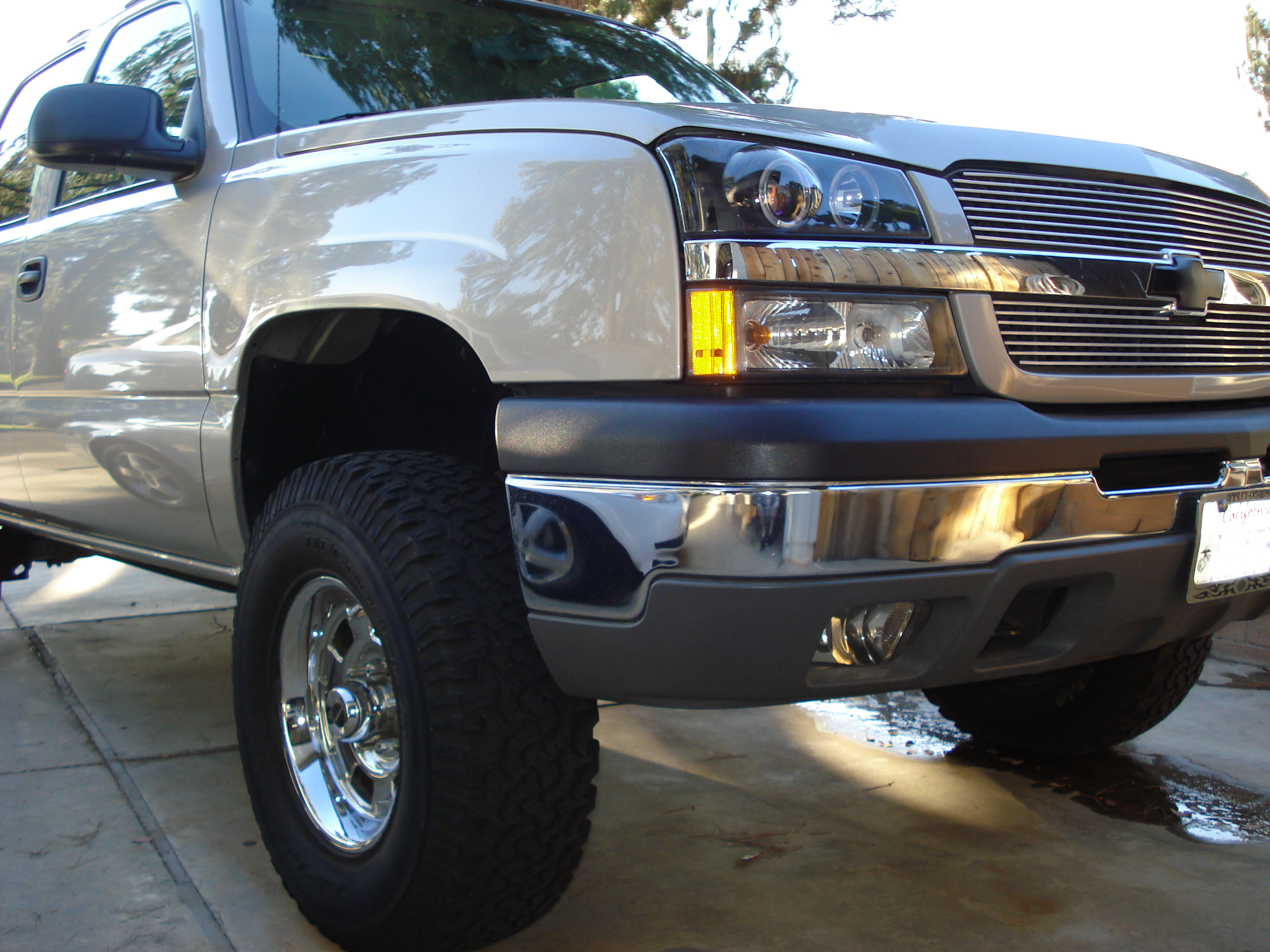 77DAVE 2004 Chevrolet Avalanche 12131842