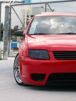 MafiaMike954s 2004 Volkswagen Jetta