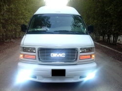 WARD1972 2001 GMC Savana 1500 Passenger