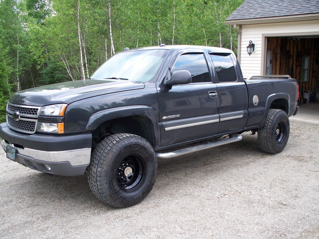 OTIZZY87 2005 Chevrolet Silverado 1500 Regular Cab Specs, Photos, Modification Info at CarDomain