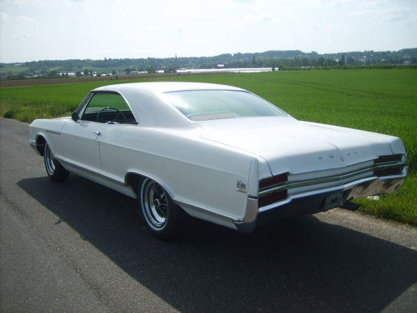 Another variabel 1966 Buick LeSabre post... - 12137087