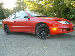TravisStockss 2004 Pontiac Sunfire
