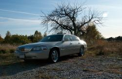 The-Owners 2003 Lincoln Town Car