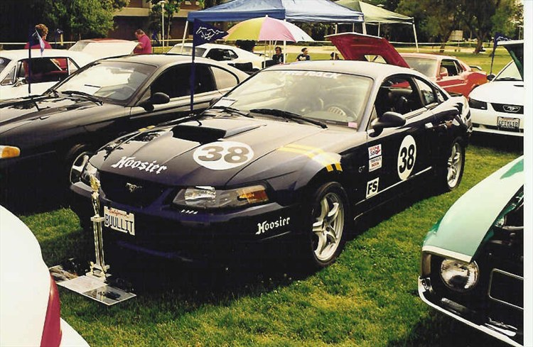 KriderRacing38 2001 Ford Mustang 12150525