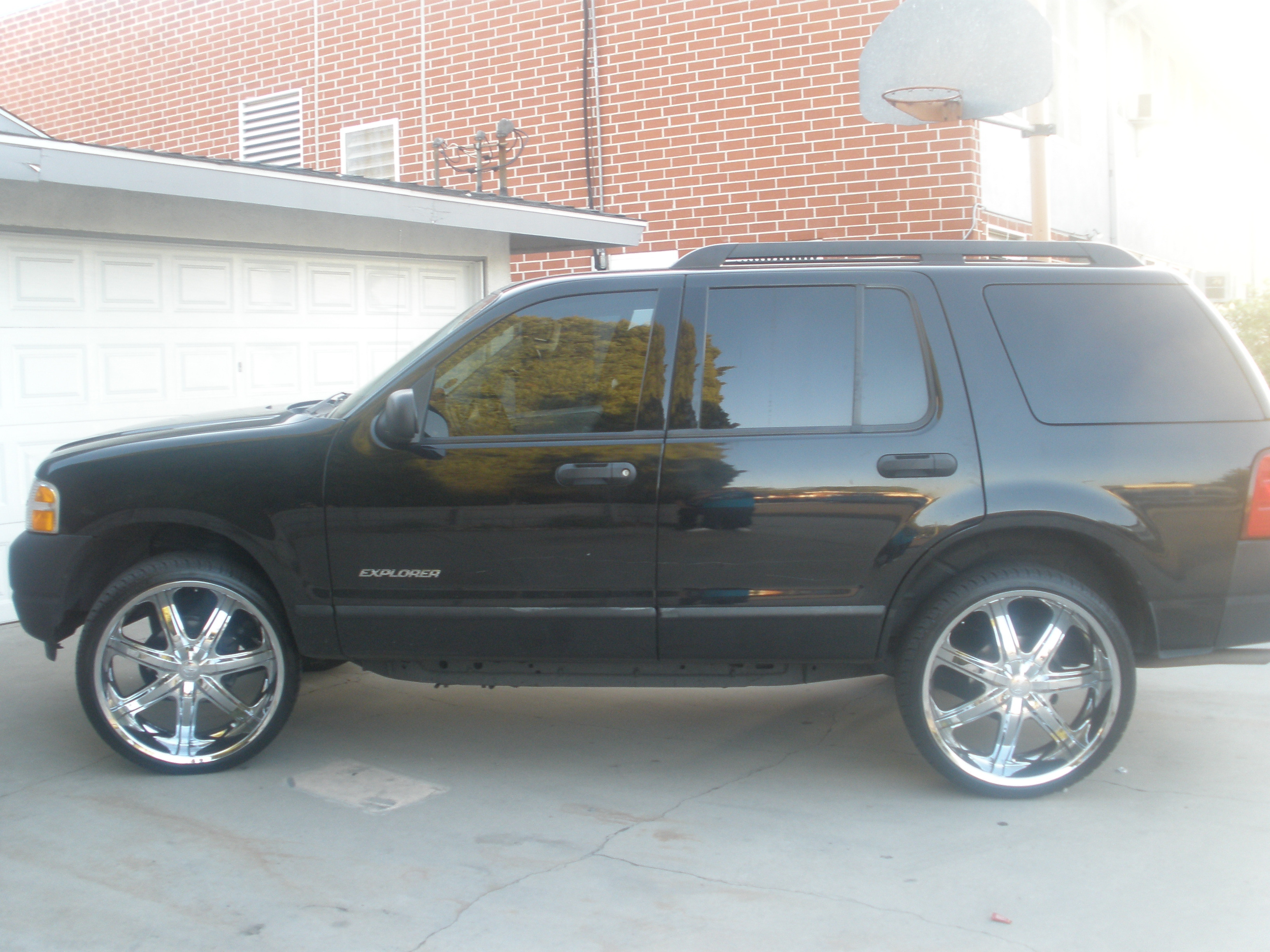 money_376's 2005 Ford Explorer