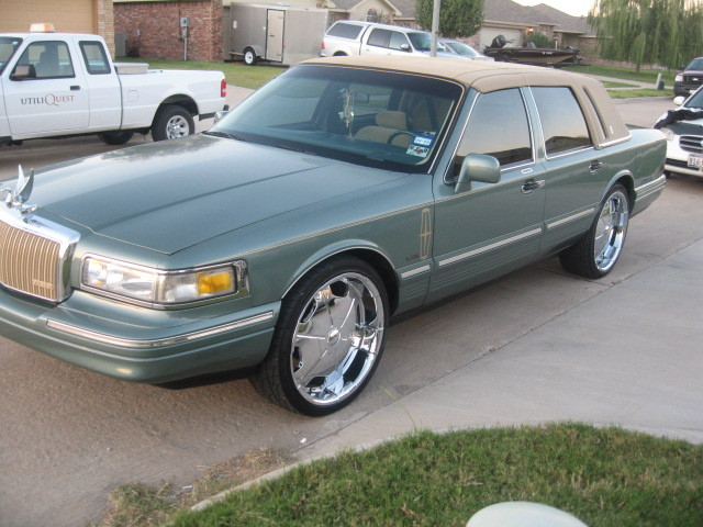 Likfatherlikson 1995 Lincoln Town Car Specs Photos Modification