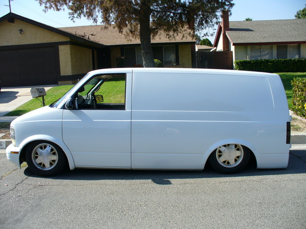 xjamesfosterx 2000 chevrolet astro specs photos modification info at cardomain cardomain