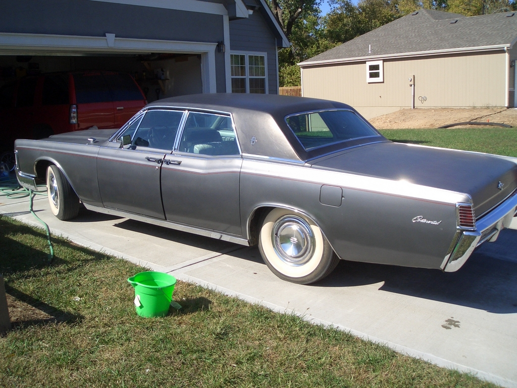 STLBRED 1968 Lincoln Continental