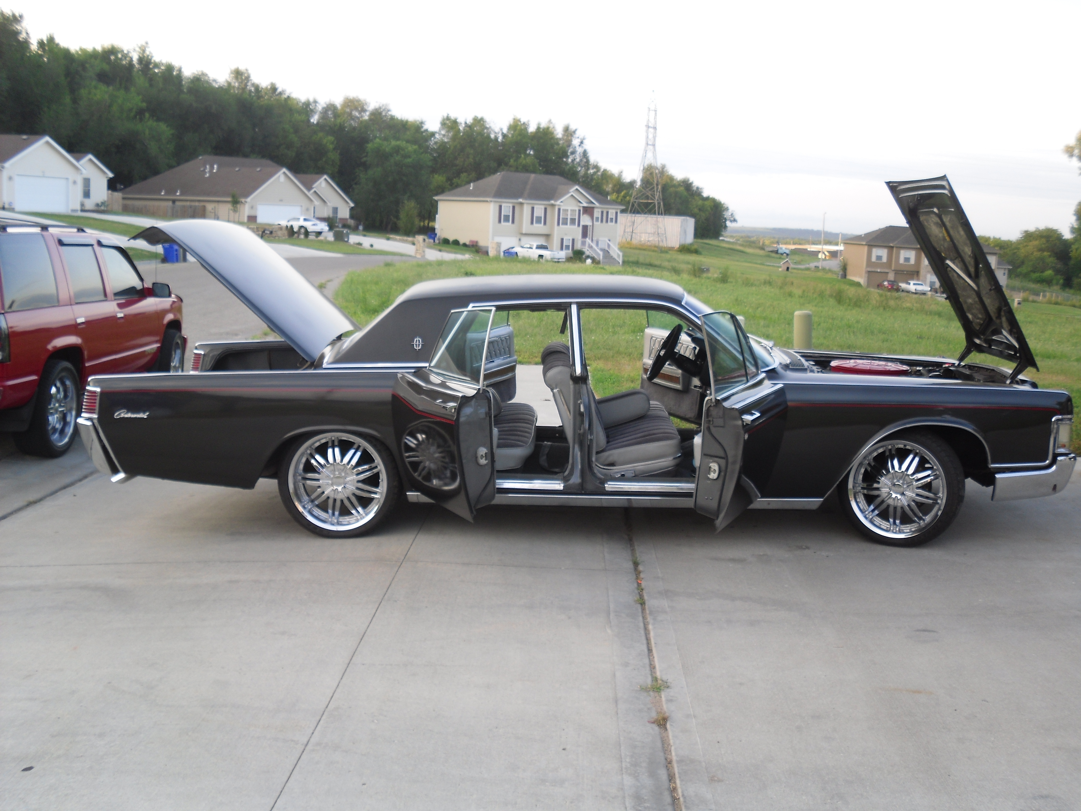 Another STLBRED 1968 Lincoln Continental post... - 12179339