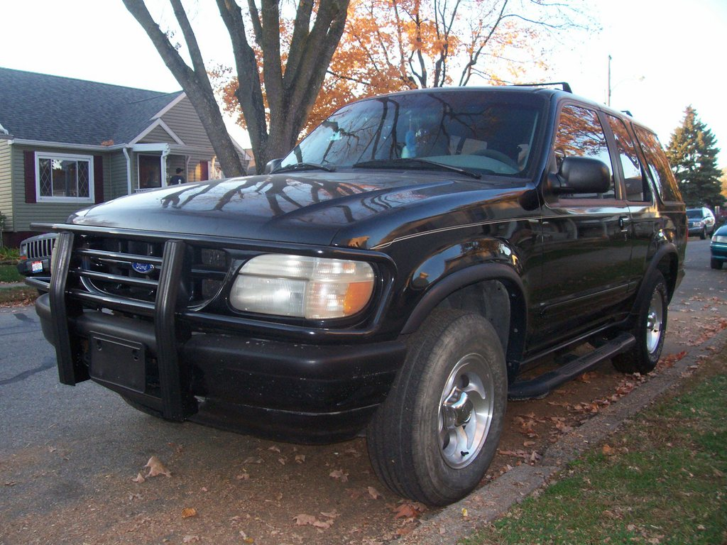 Another weaselschaingang 1996 Ford Explorer Sport post... - 12182927