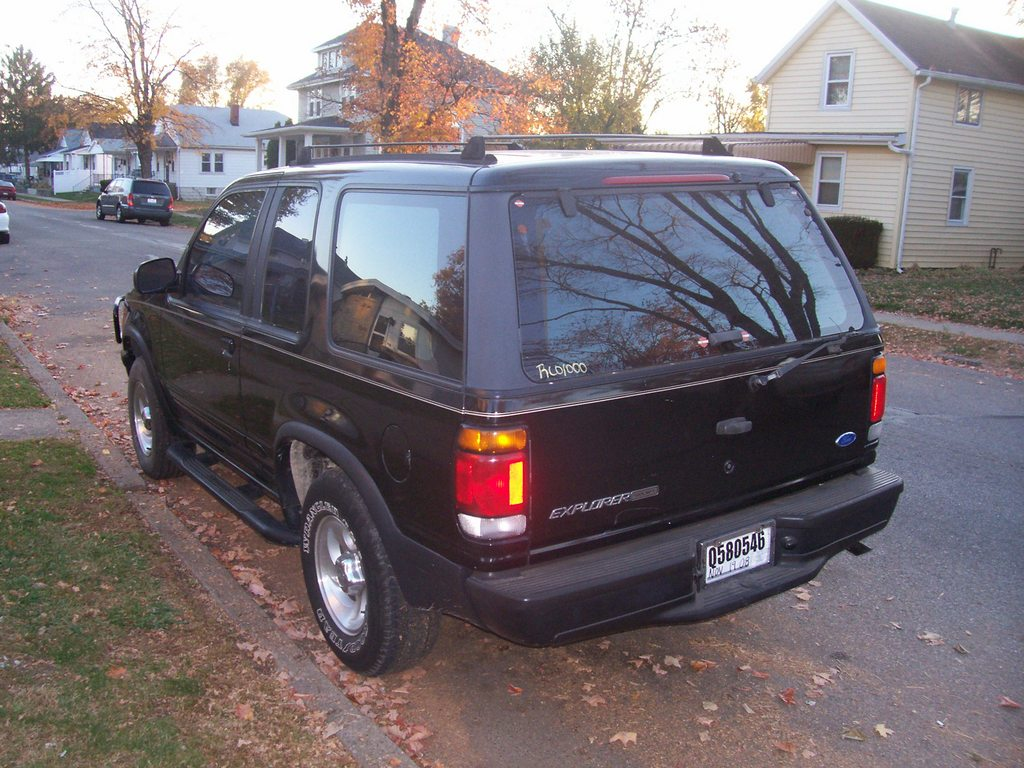 Another weaselschaingang 1996 Ford Explorer Sport post... - 12182933