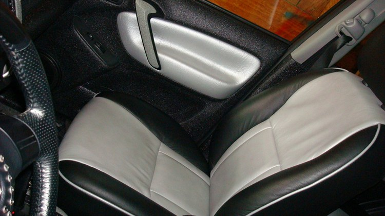 one of a kind 2005 toyota rav4 specs photos modification. Black Bedroom Furniture Sets. Home Design Ideas