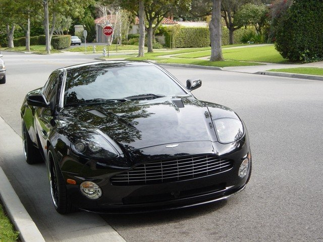 Another jerzyboy455 2005 Aston Martin Vanquish post... - 12184281