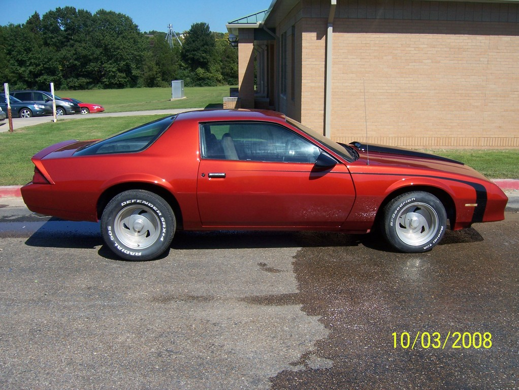 Another hoguey 1985 Chevrolet Camaro post... - 12184681