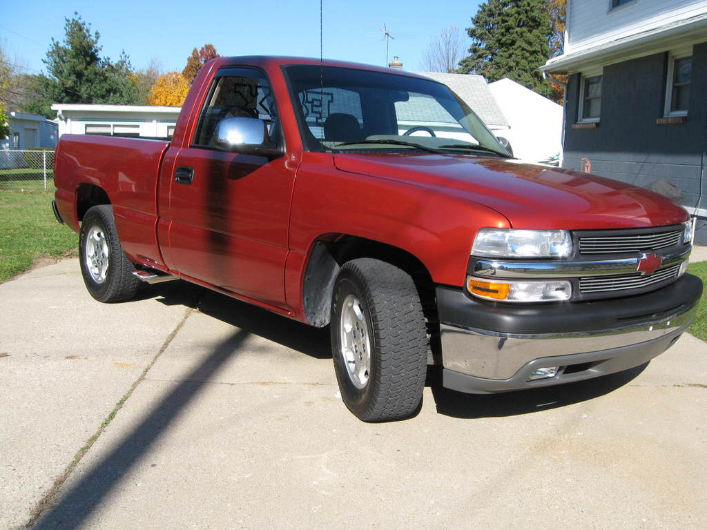 2001chevy05 2001 chevrolet silverado 1500 regular cab. Black Bedroom Furniture Sets. Home Design Ideas
