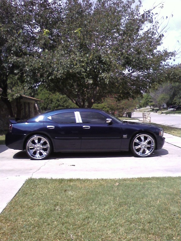 CASH-FL0's 2006 Dodge Charger