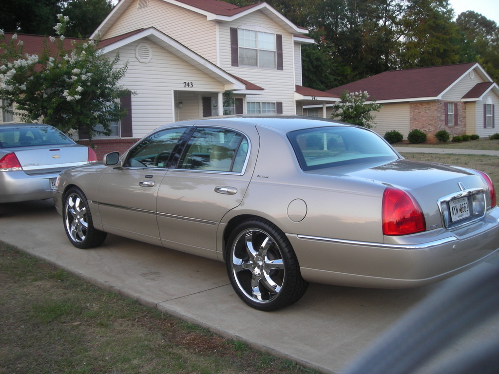 Ken2516 2005 Lincoln Town Car Specs Photos Modification