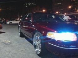 Chyna770 1999 Ford Crown Victoria