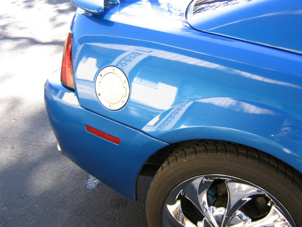 Another flagstang 1999 Ford Mustang post... - 12191092