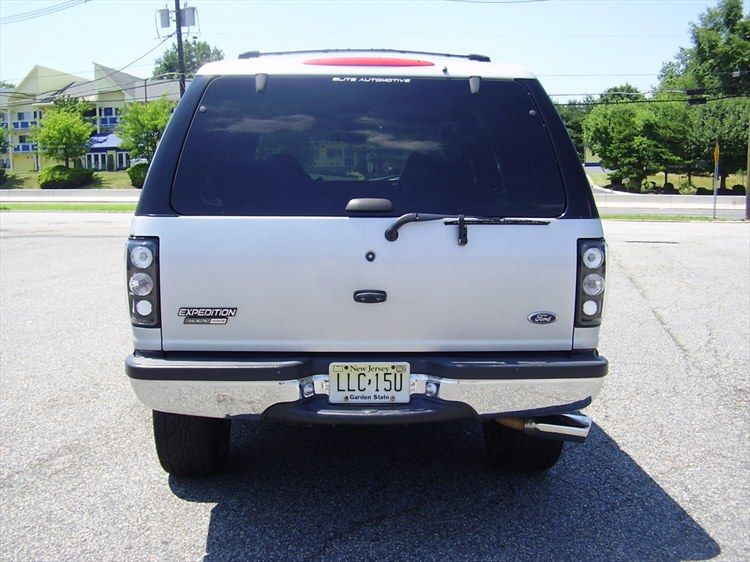 RKibler76 2001 Ford Expedition 12210131