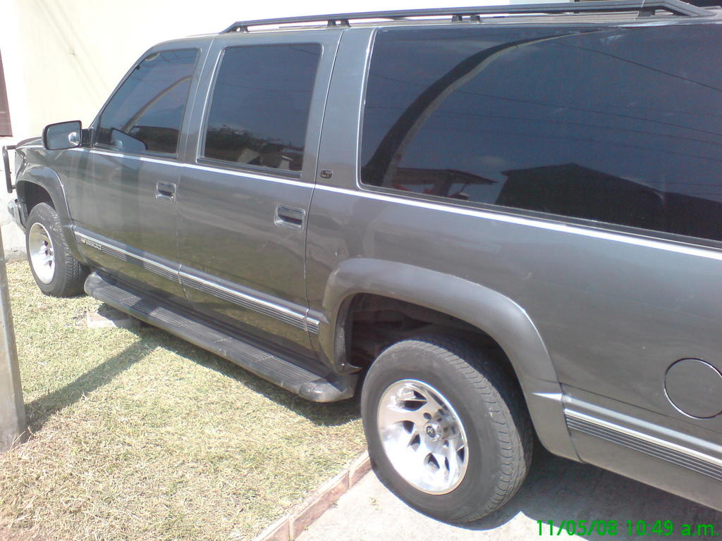 tboost 1999 chevrolet suburban 1500 specs photos modification info at cardomain. Black Bedroom Furniture Sets. Home Design Ideas