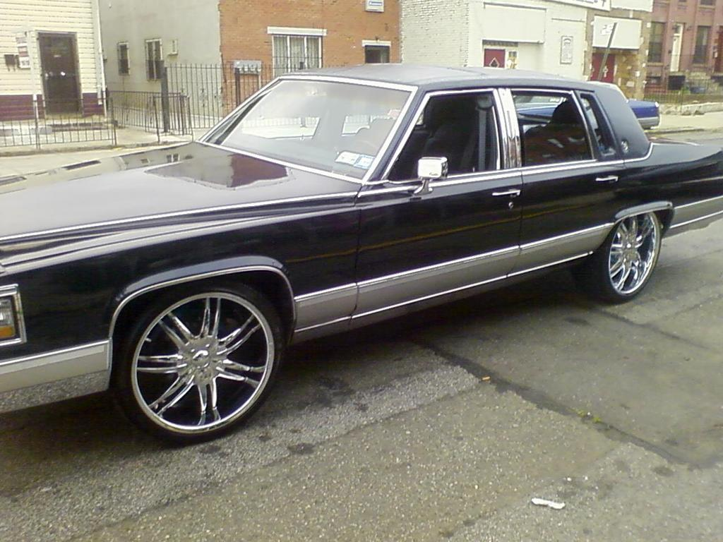 Another caddyfaze 1990 Cadillac Fleetwood post... - 12210090