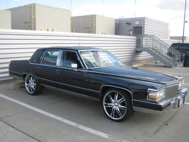 Another caddyfaze 1990 Cadillac Fleetwood post... - 12210095