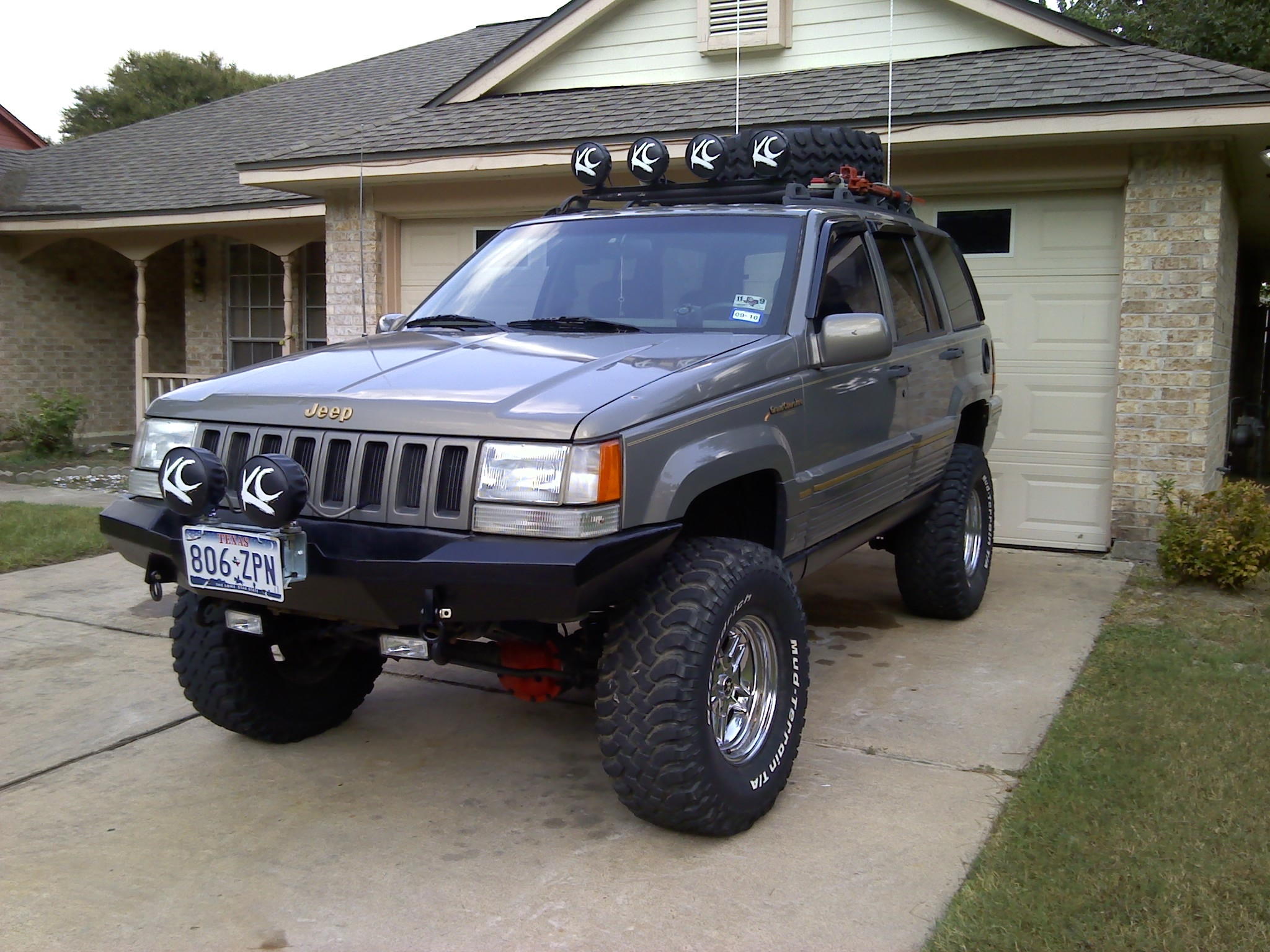 MidnightLuckey 1995 Jeep Grand Cherokee