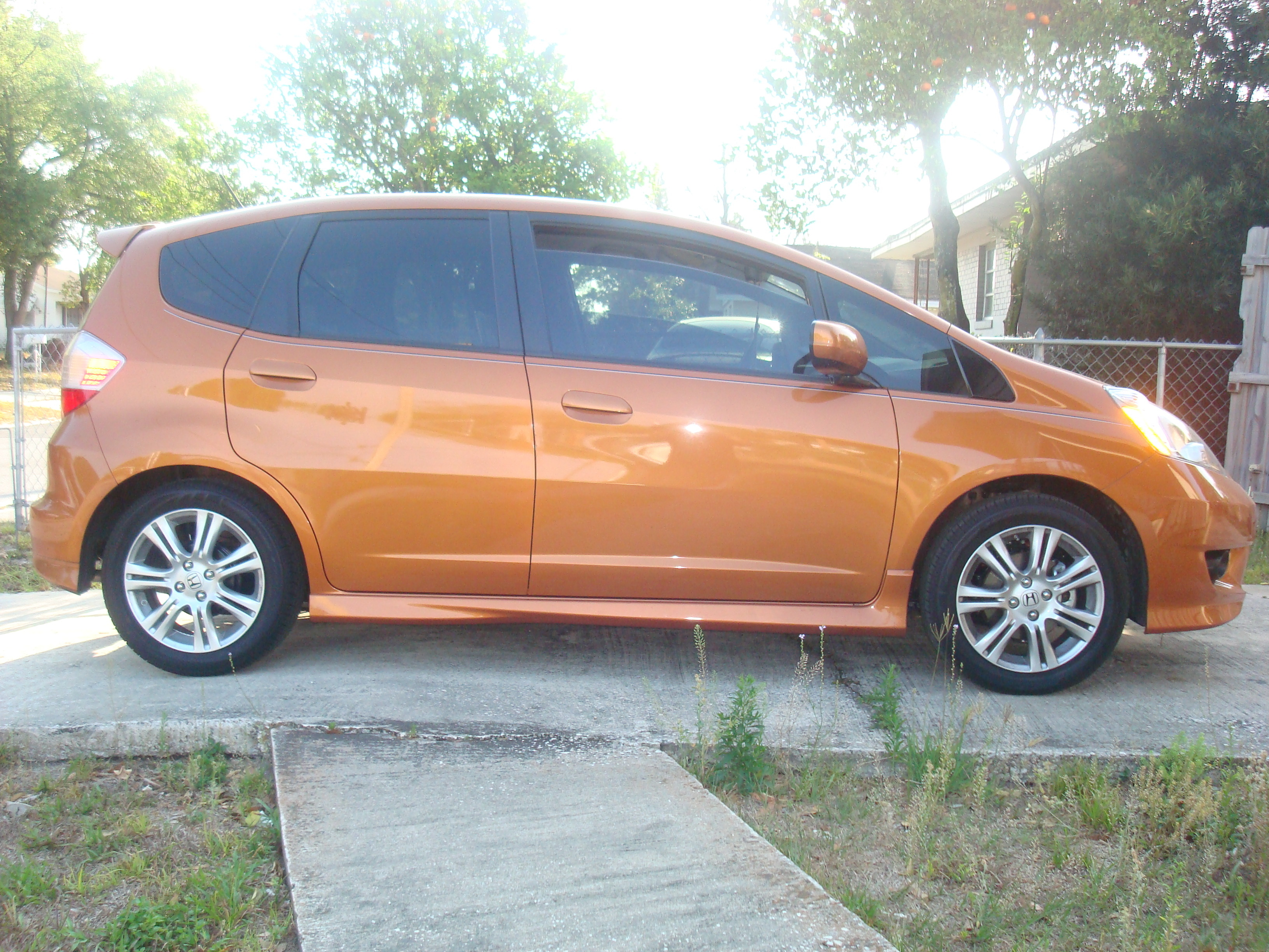 Another autoxtyle2 2009 Honda Fit post... - 12229288