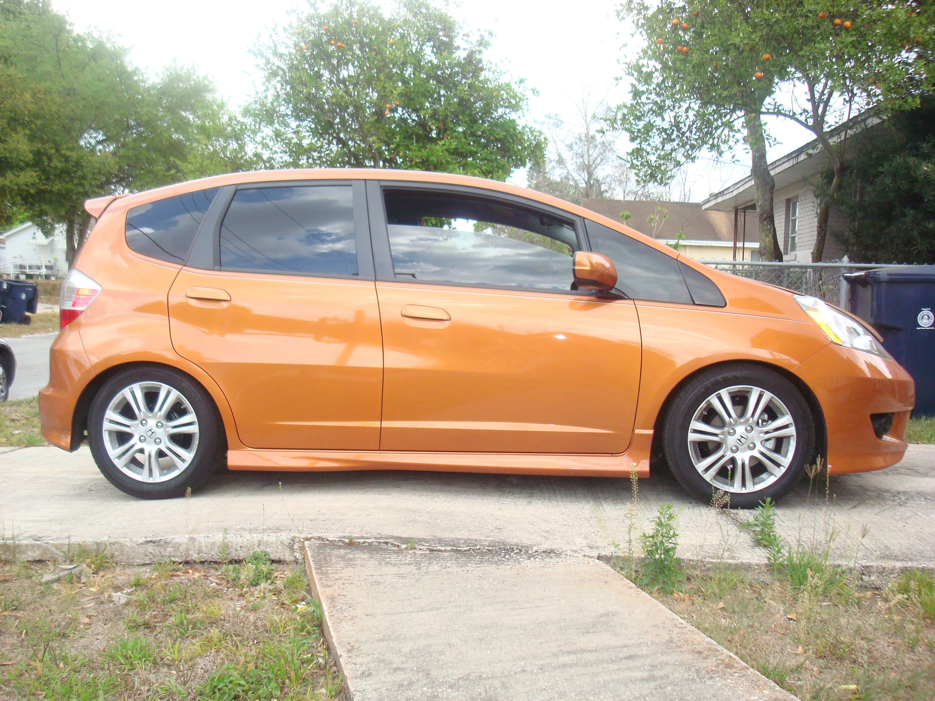 Another autoxtyle2 2009 Honda Fit post... - 12229289