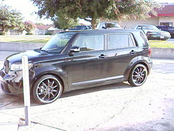 09scionxbs 2009 Scion xB