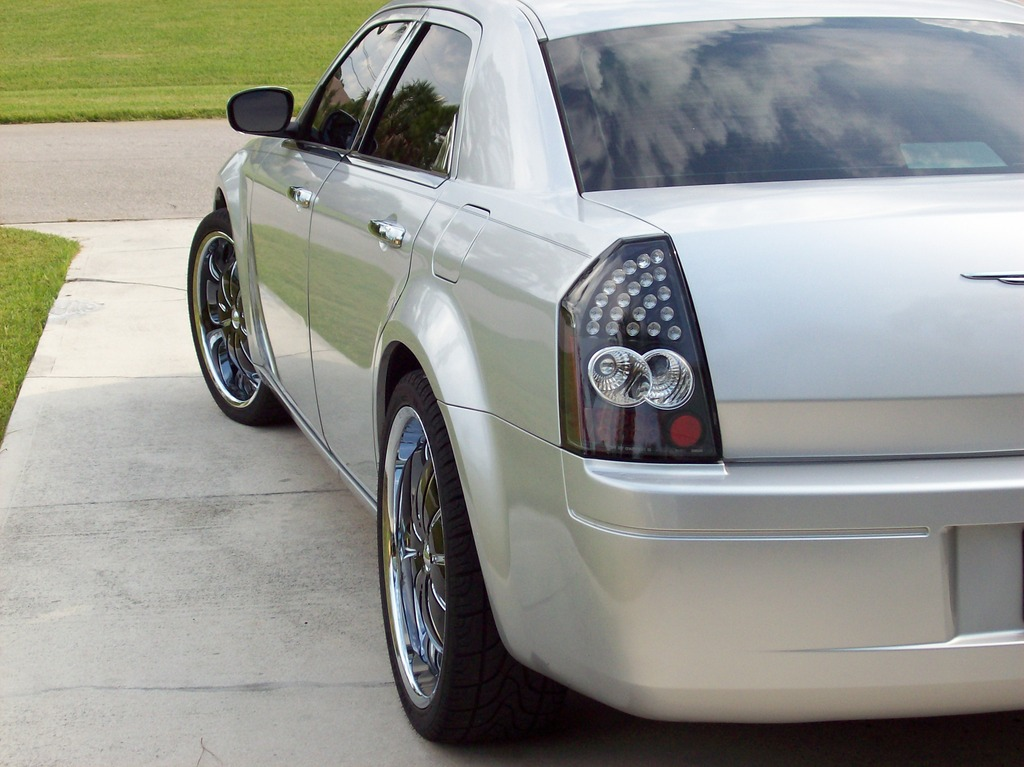 Another c300on22s 2005 Chrysler 300 post... - 12239462