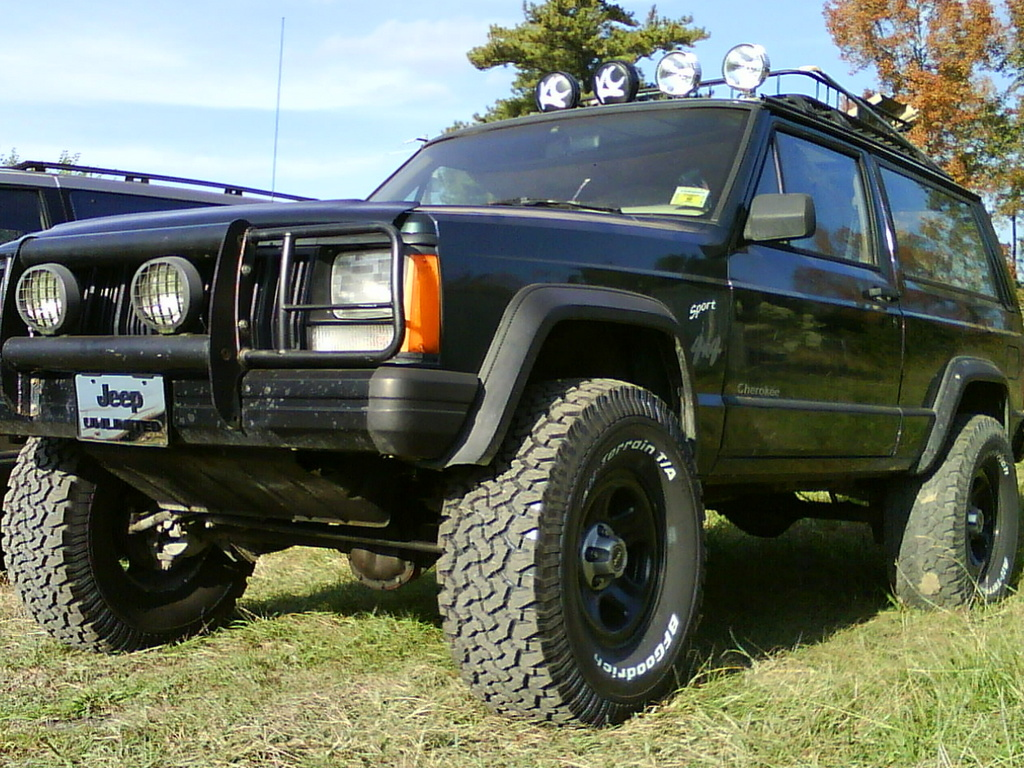 Another Formula_222 1994 Jeep Cherokee post... - 12239735