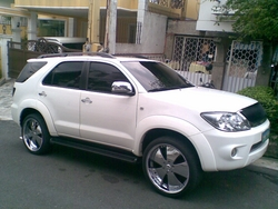 mick650 2006 Toyota Fortuner
