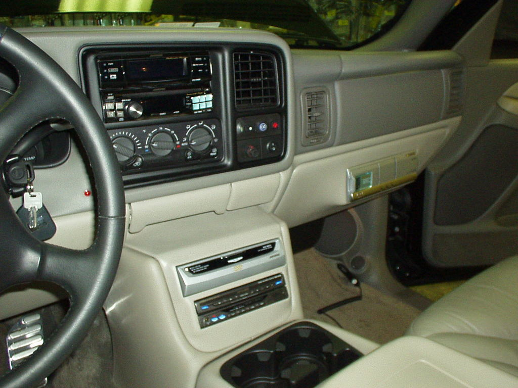 Mysafeandsound 2005 Gmc Yukon Specs Photos Modification