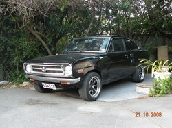potty123 1974 Datsun 1200
