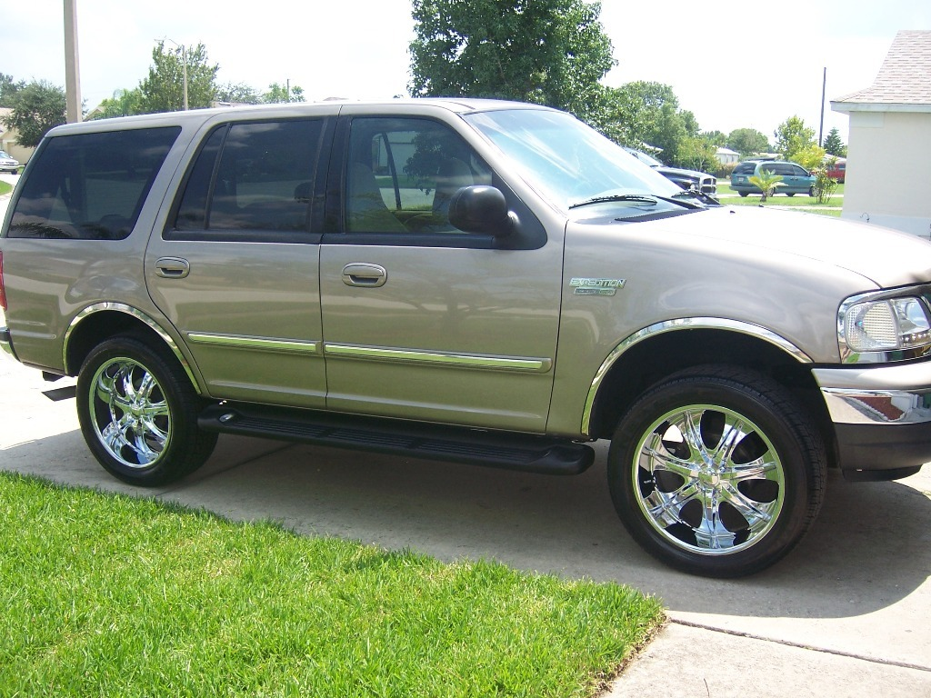 ZARIZZLE 2001 Ford Expedition Specs, Photos, Modification Info at CarDomain