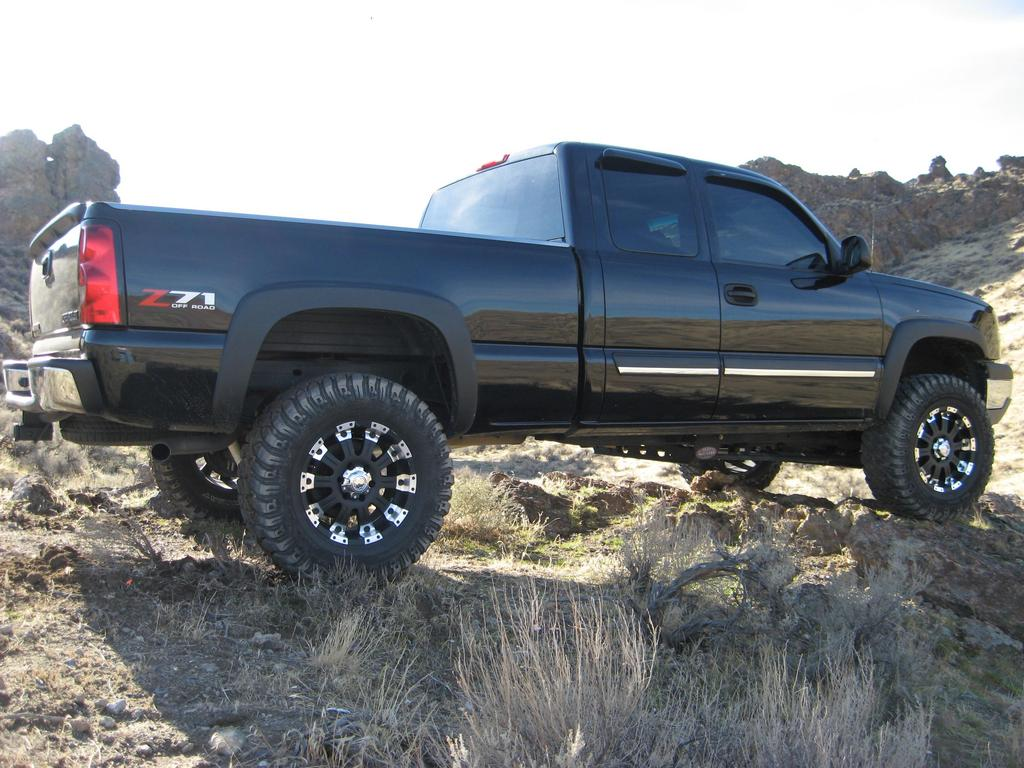 mynameisderrickk 2005 chevrolet silverado 1500 regular cab specs photos modification info at. Black Bedroom Furniture Sets. Home Design Ideas