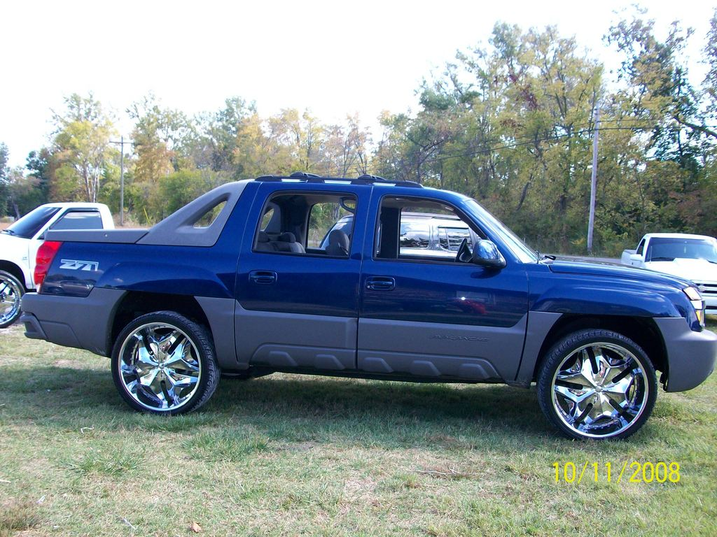 crowdigga 2002 chevrolet avalanche specs photos modification info at cardomain. Black Bedroom Furniture Sets. Home Design Ideas