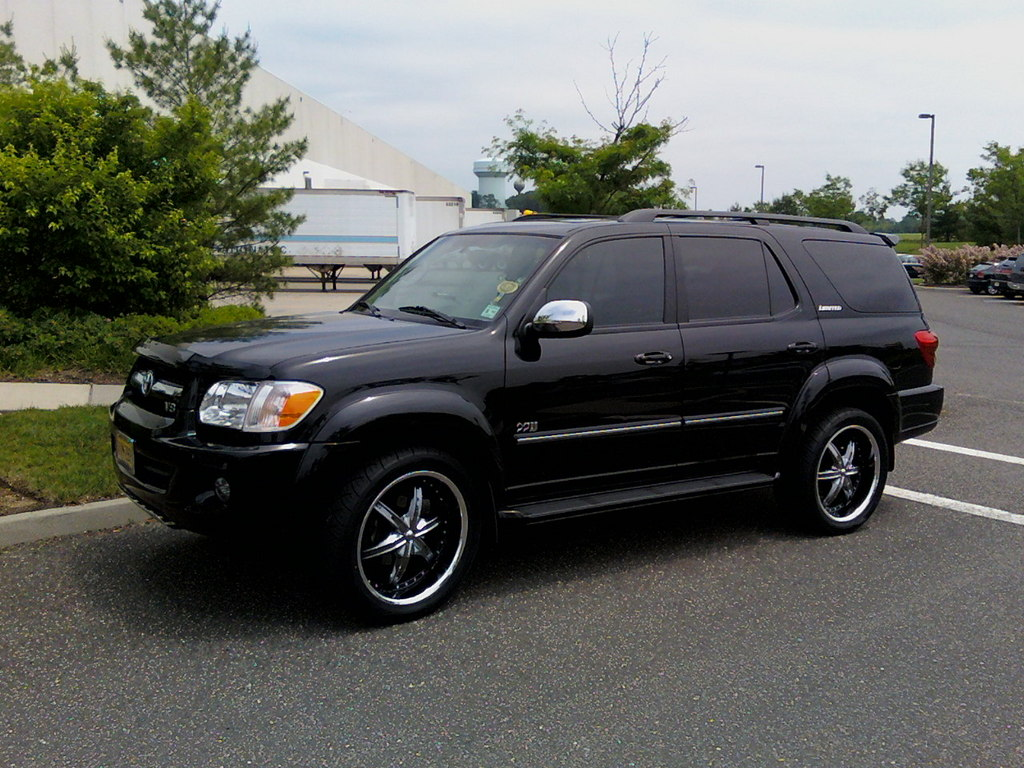 Custauto 2007 toyota sequoia