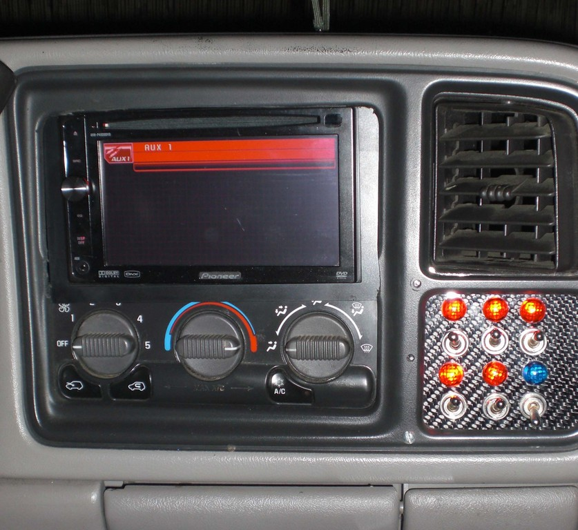Robleeram 1999 GMC Sierra 1500 Regular Cab Specs, Photos