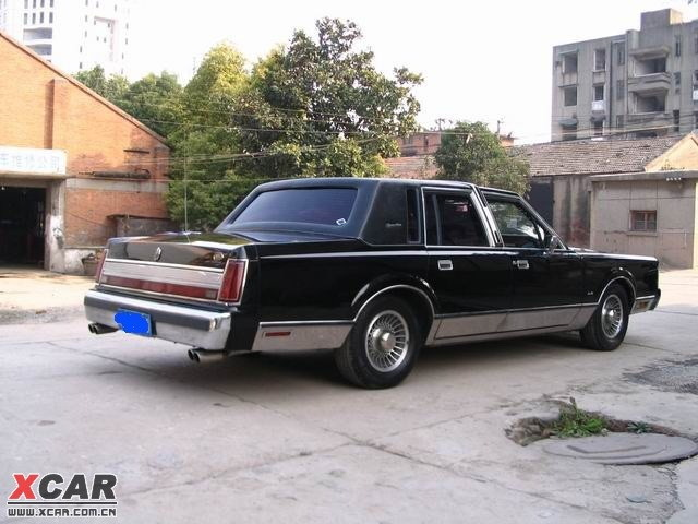 shark8850 1984 lincoln town car specs photos modification info at cardomain. Black Bedroom Furniture Sets. Home Design Ideas