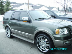 DH2008s 2004 Ford Expedition