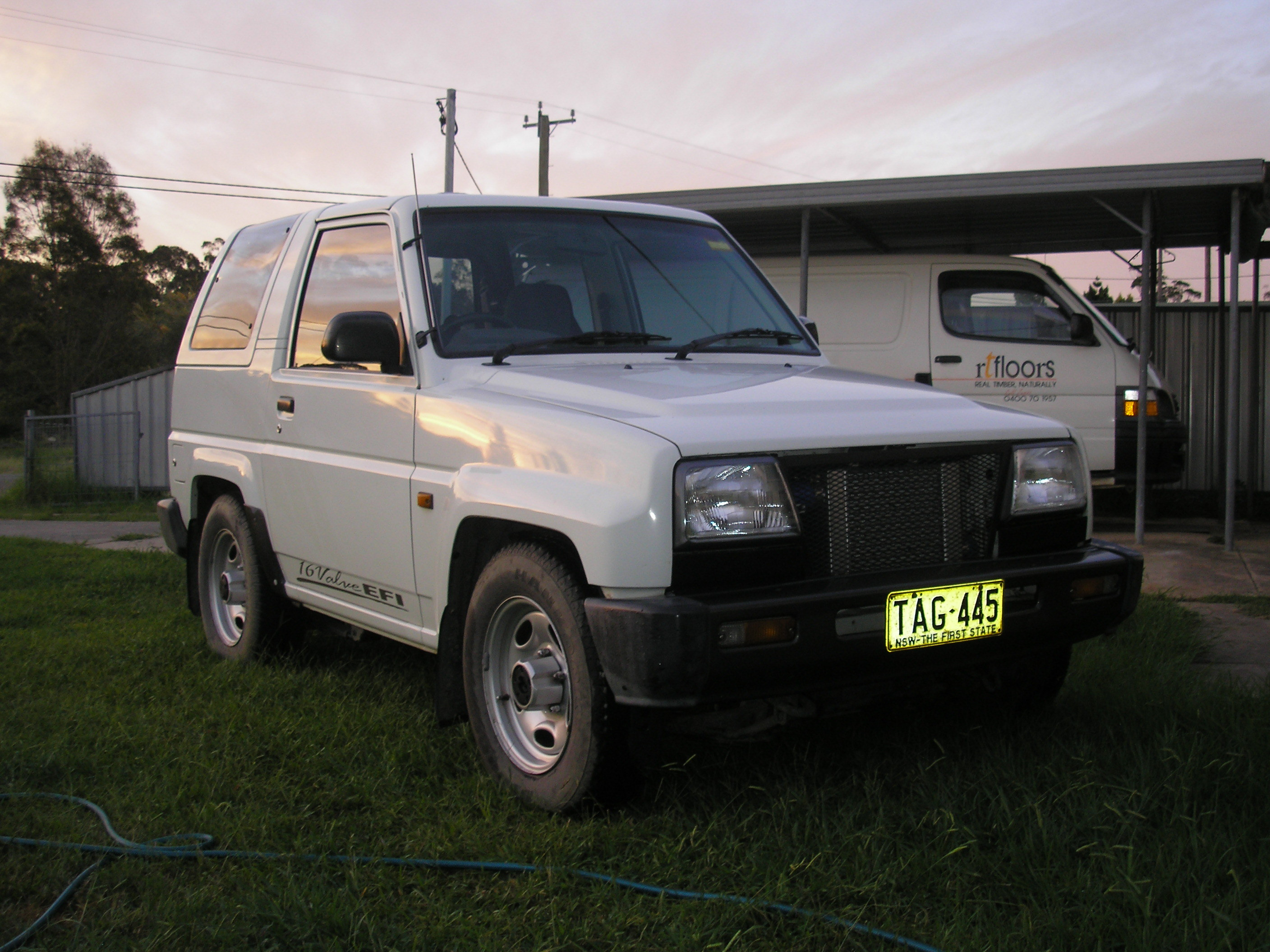Another Androo26 1993 Daihatsu Applause post... - 12292795