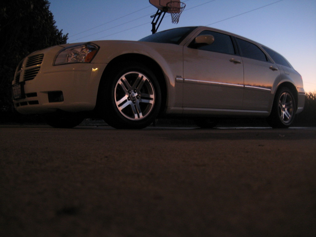 Another peejayhart 2005 Dodge Magnum post... - 12296937