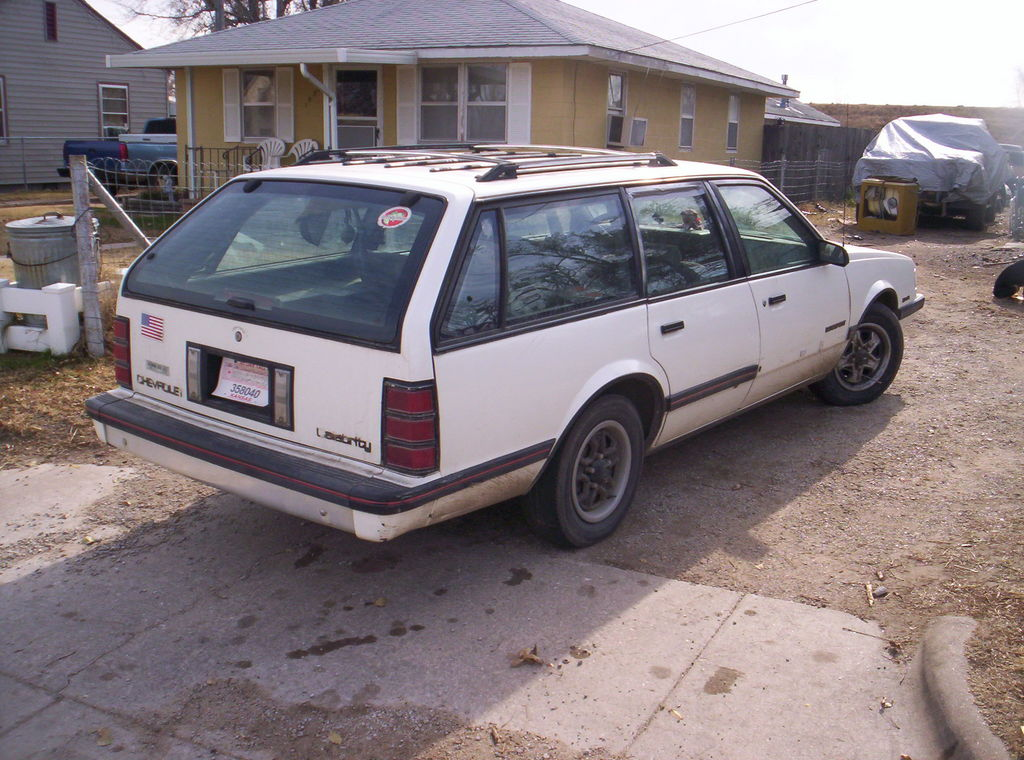 1990 Chevrolet Celebrity Wagon - Prices & Reviews