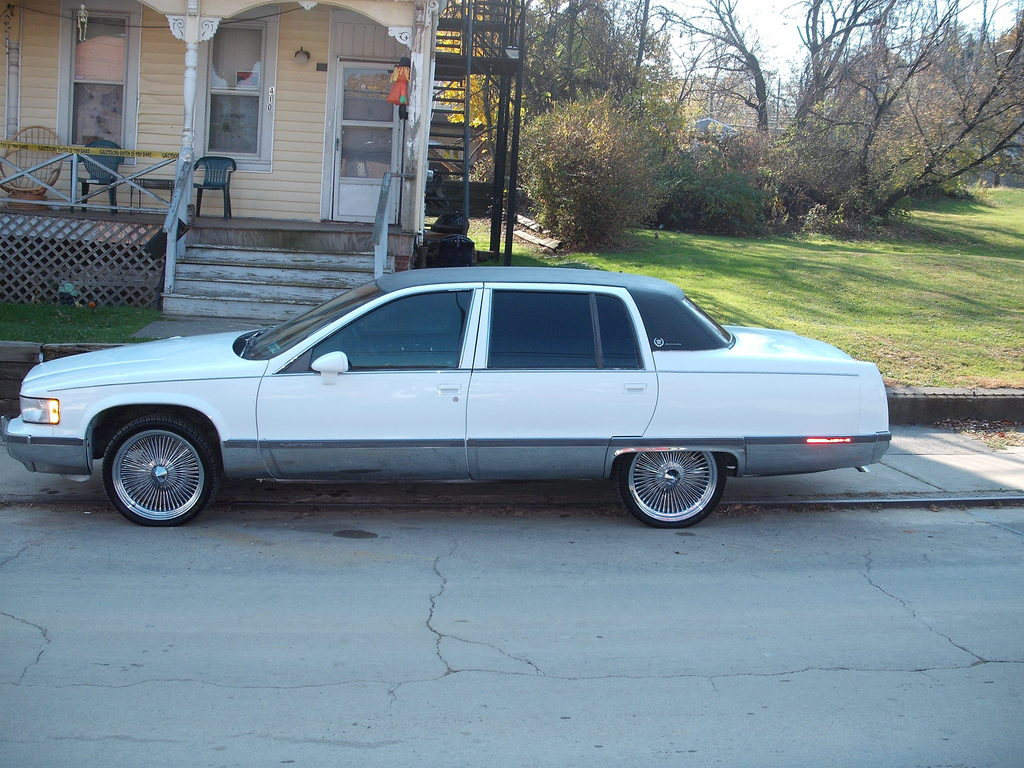 bigggc 39 s 1993 cadillac fleetwood in pittsburgh pa. Cars Review. Best American Auto & Cars Review